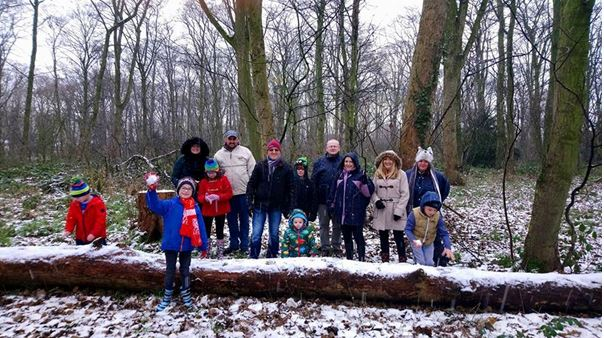 Volunteers and Nature Detectives members in the snow